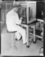 Kewaunee Management Company, Upjohn Company employee working in laboratory