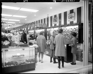 Budd's Jewelry Store, people shopping