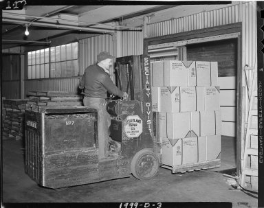 Sutherland Paper Company lift truck in use