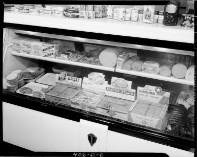 Sutherland Paper Company, packaged meats and cheese products display