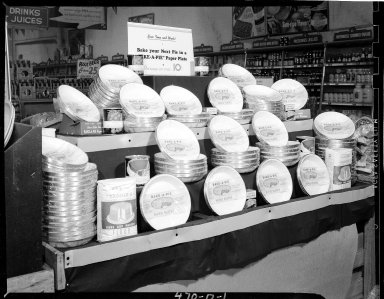 Sutherland Paper Company, Bake-a-Pie plate display in Kroger Grocery