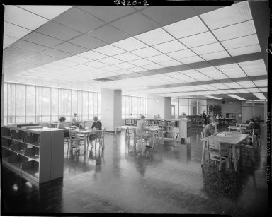 Western Michigan University, Dwight B. Waldo Library, interior, students studying