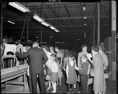 Brunswick Corporation, Winchell School field trip to factory/warehouse