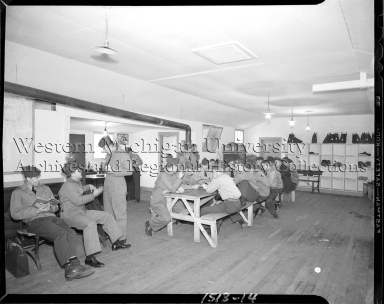 Western Michigan Flying Service, group of cadets in common room