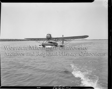 Sikorsky S-39 seaplane on Austin Lake