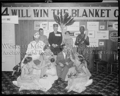 Montgomery Ward, banquet at the Gull Harbor Inn