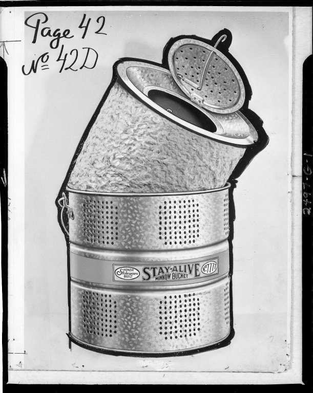 Shakespeare Company, Stay Alive Minnow Bucket