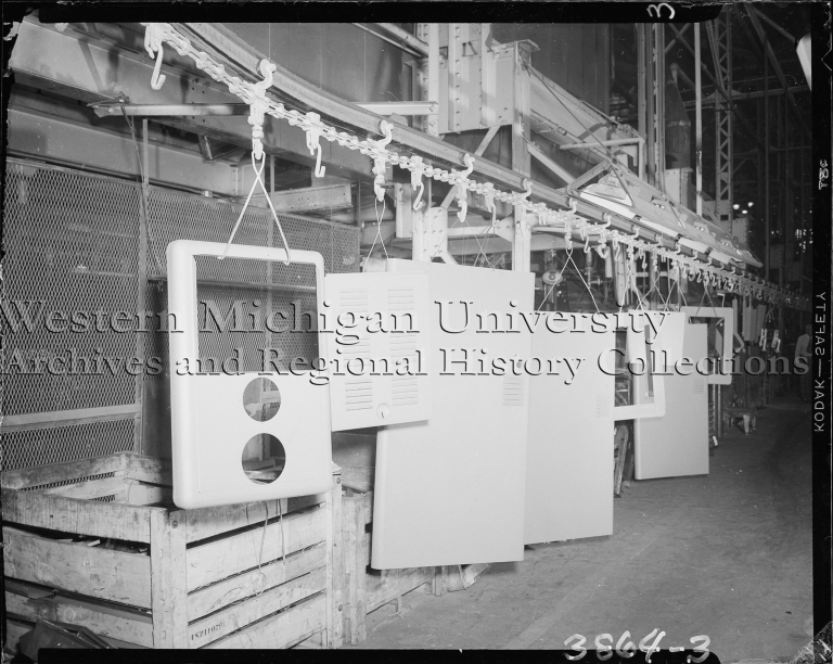 Ingersoll Steel Co., conveyor line