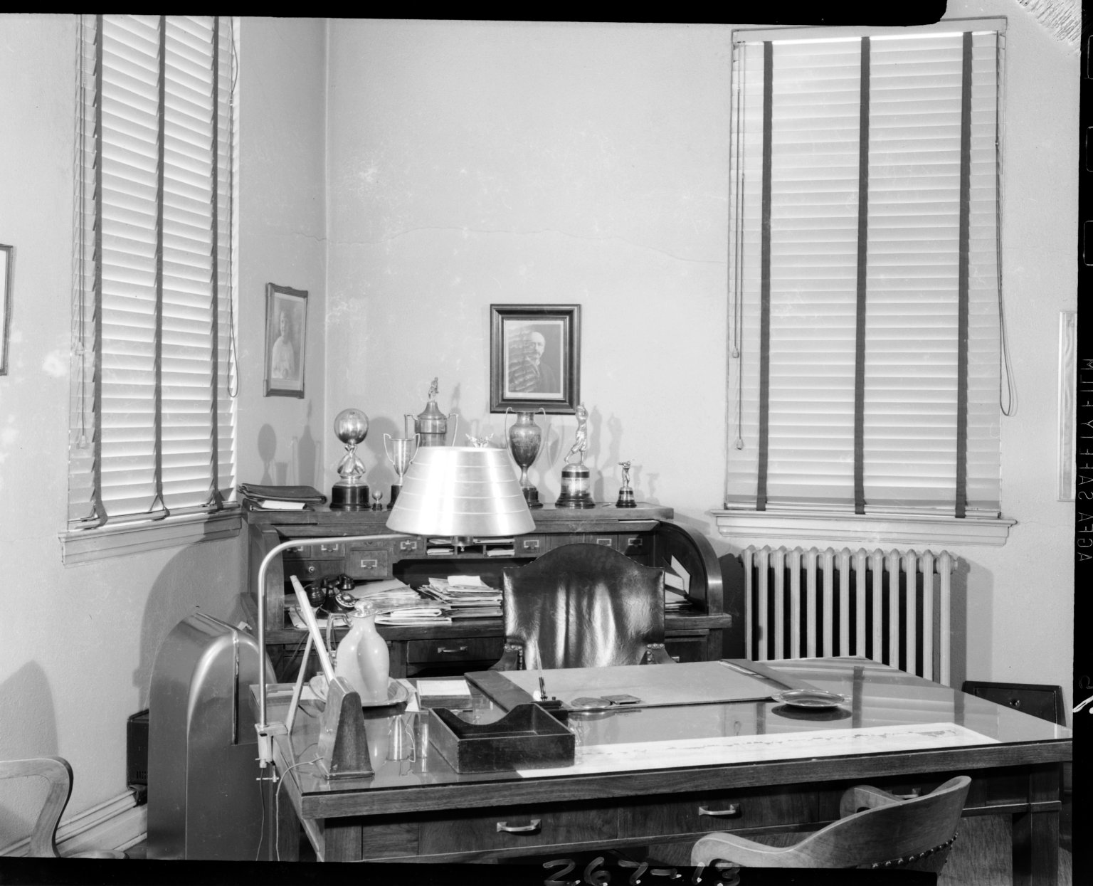Kirsch Company, office with rolltop desk