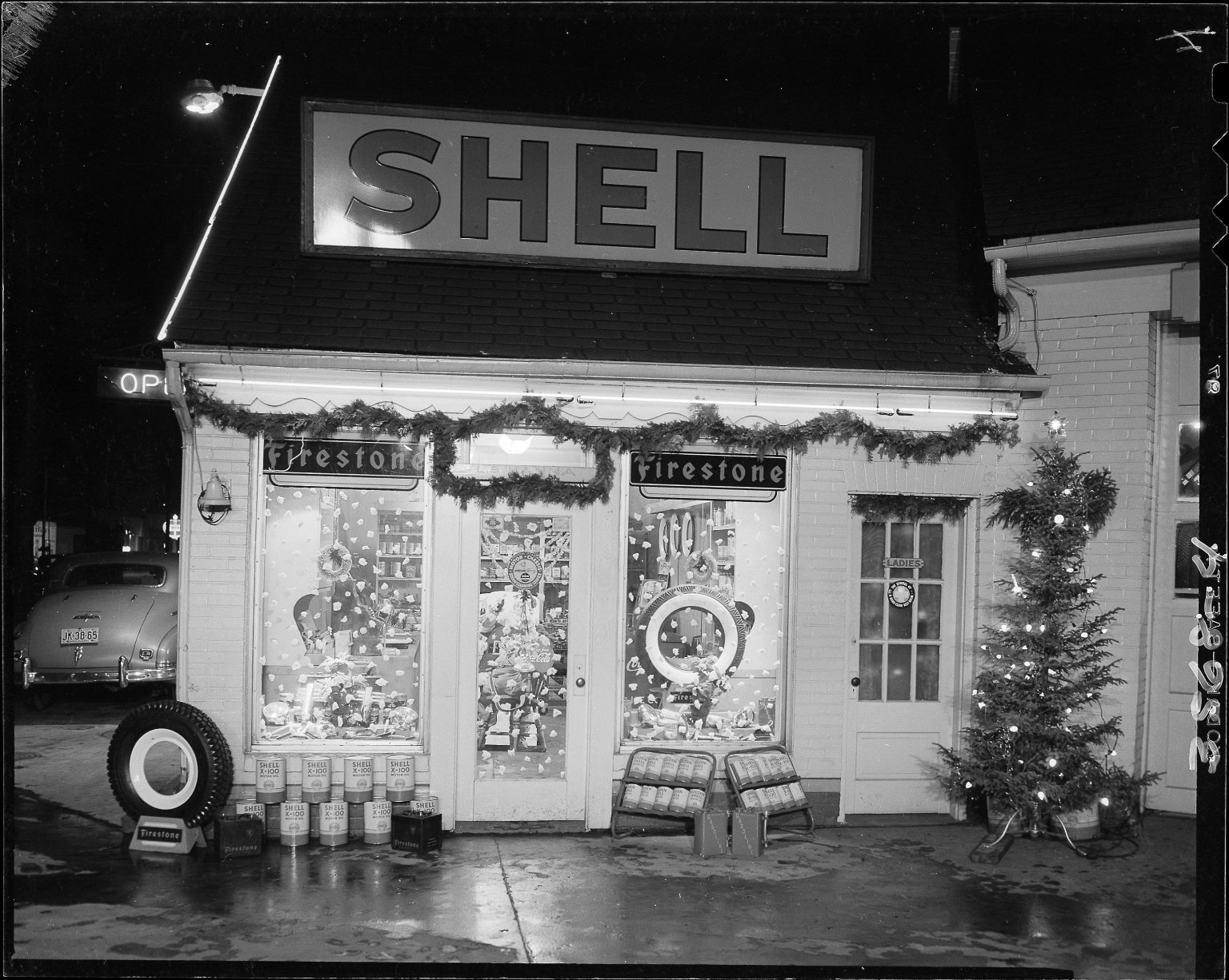 Shell gas station decorated for Christmas, close-up