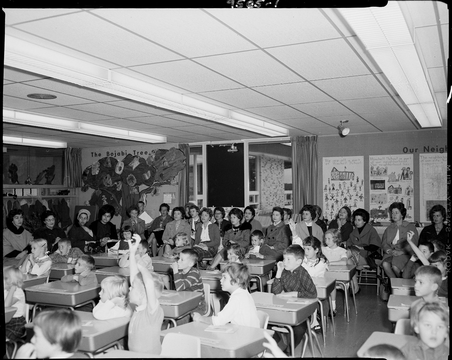 Winchell School,students and mothers in classroom
